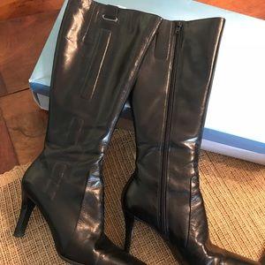 Winter heel boots